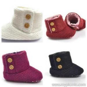 Sepatu boots Mothercare Rp. 65.000 uk 3-6, 6-9, 9-12 bln